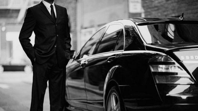 Chauffeur VTC : carte professionnelle et création de société